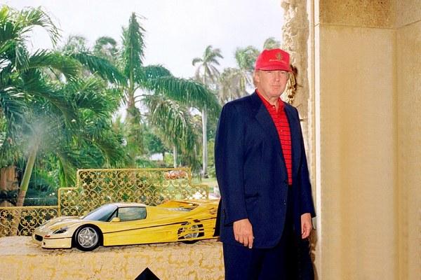 Trump in zijn buitenverblijf Mar-a-Lago in 2000