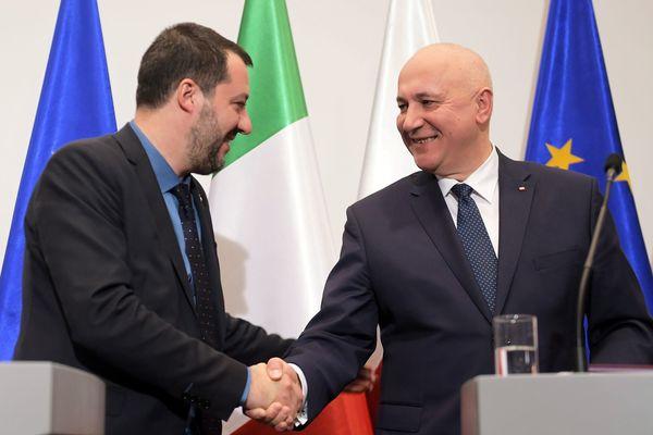 De Poolse minister Brudzinski en de Italiaanse vice-premier Salvini