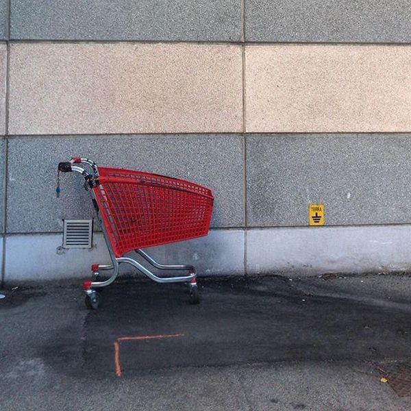 Oh, un carrello abbandonato!