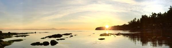 Sunrise Reeef Bay Mayne Island