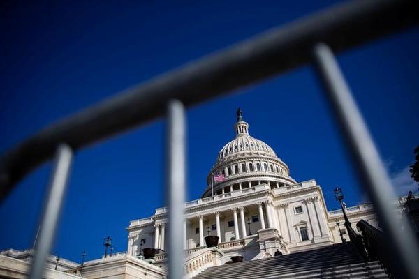 Al 35 dagen zit een deel van de Amerikaanse overheid op slot (foto: Reuters)