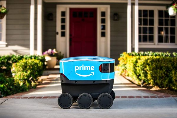 Amazon (AMZN) Testing Robot Delivery Near Seattle - Bloomberg