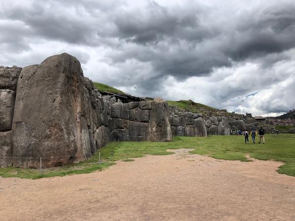 """De ruïnes van Saqsaywaman in Cusco, door grapjassen uitgesproken als """"Sexy woman"""""""