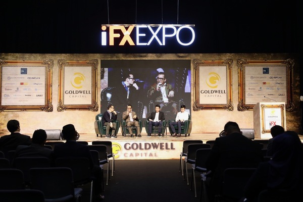 I moderated this panel at iFX Expo in Hong Kong on blockchain accelerators.