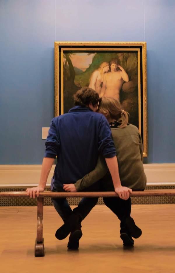 İlk Aşk tablosu önündeki aşıklar, Dublin