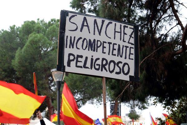 Sanchez onbekwaam - Foto Rop Zoutberg