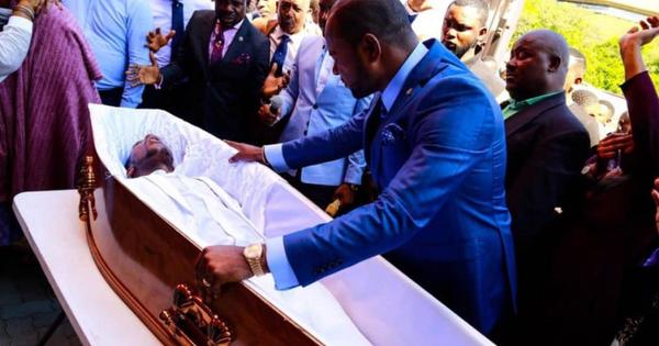 Joburg resurrection: funeral parlour threatens legal action | eNCA