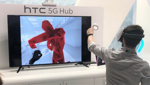 HTC 5G Hub Presentation - MWC 2019. Credit: RoadToVR.com