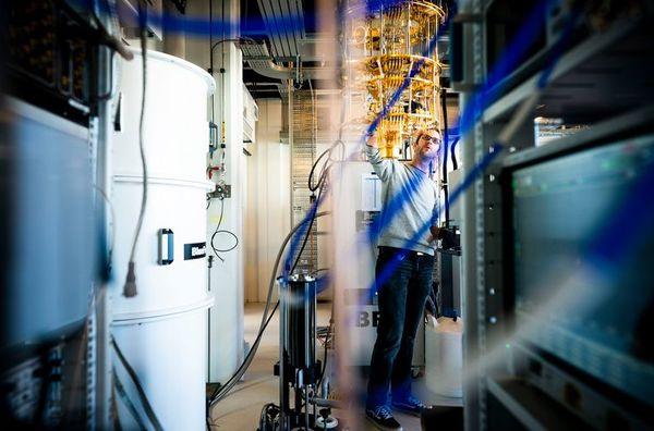 Waarom Microsoft vol inzet op het quantumcomputerlab van deze Nederlandse natuurkundige