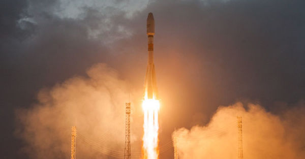 Startup Satellite Venture OneWeb Blasts Off With Revised Business Plan - WSJ