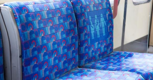 Psychedelisch bis royal: So sehen ÖPNV-Sitze auf der ganzen Welt aus
