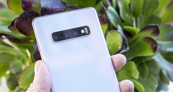 Waarom de Samsung Galaxy S10 de ultieme Netflix-telefoon is - WANT