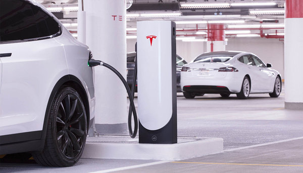 Tesla V3 Supercharging legt de lat bijzonder hoog - WANT