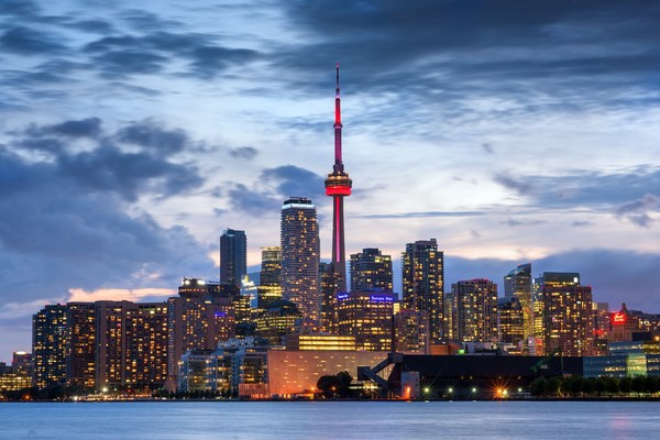 How Toronto Is Wooing Tech Immigrants Away From Silicon Valley | Fast Forward | OZY