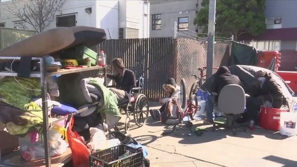 Mayors of big California cities meet to discuss the state's homeless issue, focusing on prevention