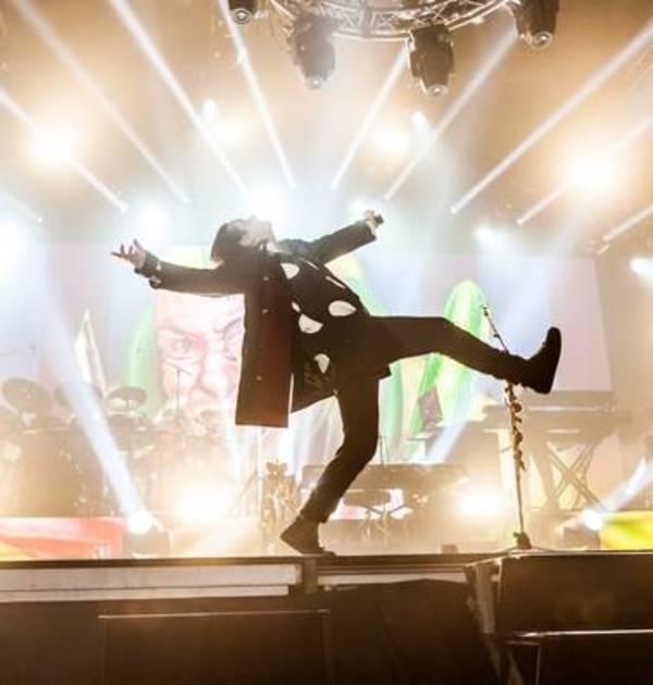 Rockband Marillion viert vakantie in Port Zélande met 3000 fans