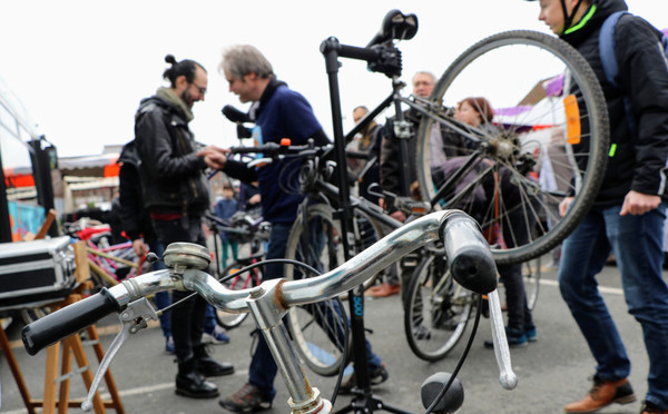 "Busabiclou: ""Meer mensen de fiets op krijgen"" – Le Grand Tour"