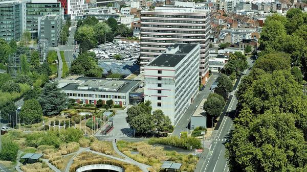 La ville attaque la MEL sur la vente de son siège - Stad Rijsel valt MEL aan over verkoop hoofdkantoor