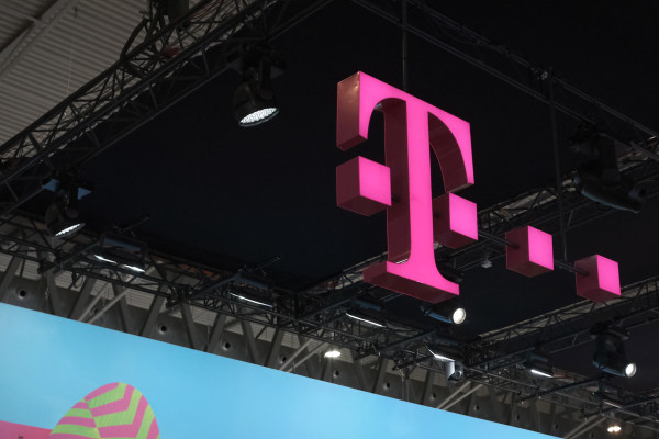 T-Mobile's mobile TV service to include Viacom channels like MTV, Nickelodeon, Comedy Central & more
