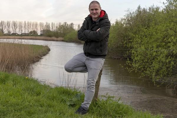 'Mister Sleeuwijk' Remko Viveen hoopt af te zwaaien met een kampioenschap. Klik op de foto (Jan Noorlandt) om het interview met Remko te lezen.