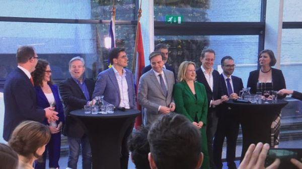 Het eerste lijsttrekkersdebat met tien lijsttrekkers in Brussel