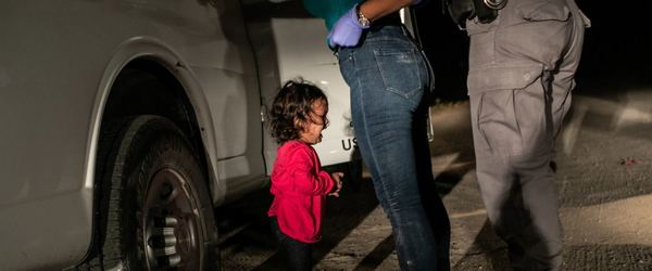 """The viral image of a crying Honduran child at the U.S.-Mexico border has won the 2019 World Press Photo contest's Photo of the Year prize.  The """"Crying Girl on the Border,"""" was taken by Getty Images photojournalist John Moore."""