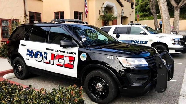 American flag graphic on police cars divides California town | WBMA