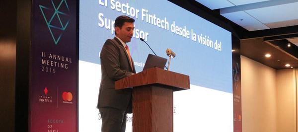 Superfinanciera prepara una licencia para Fintechs