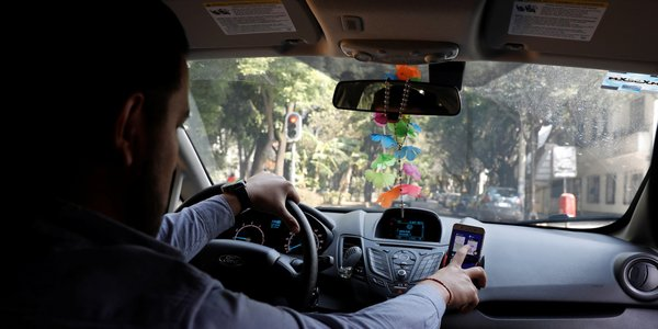Here are the biggest differences between Uber and Lyft, the two biggest ride-hailing apps