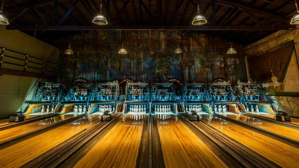 Hey Man, It's the Best Bowling Alleys in Los Angeles | Discover Los Angeles
