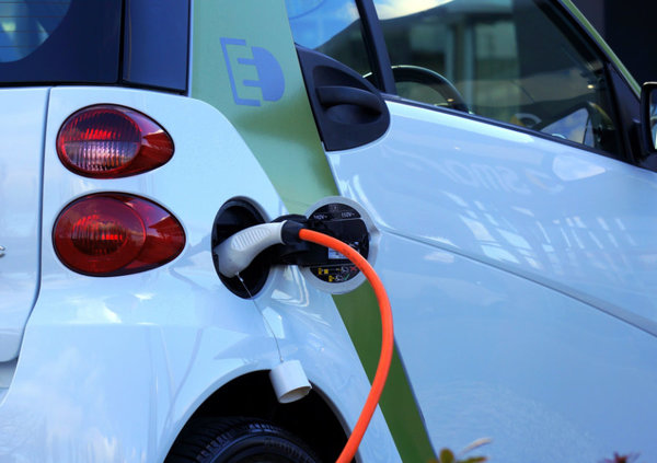 EVs enjoy lower emissions regardless of energy source
