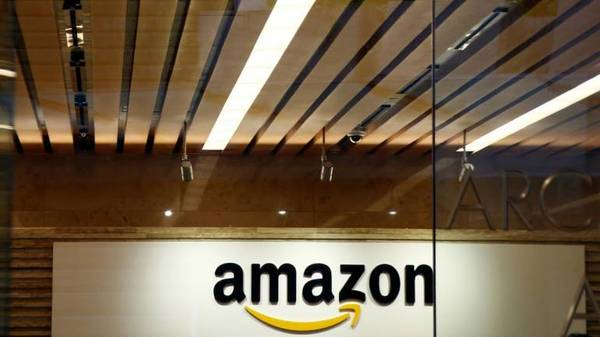 Amazon Pay expands UPI services by enabling P2P transactions