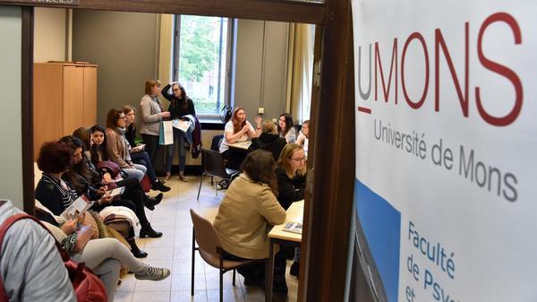Ces Français qui partent étudier la psycho en Belgique - Franse studenten psychologie in België