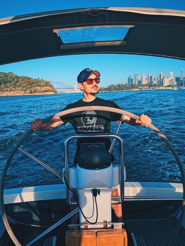 Sailing Sydney Harbour on a Sunday! Now I get Australia!