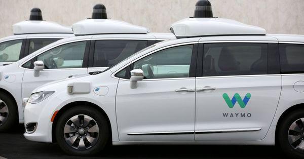 Lyft to Offer Waymo Self-Driving Taxis in Suburban Phoenix