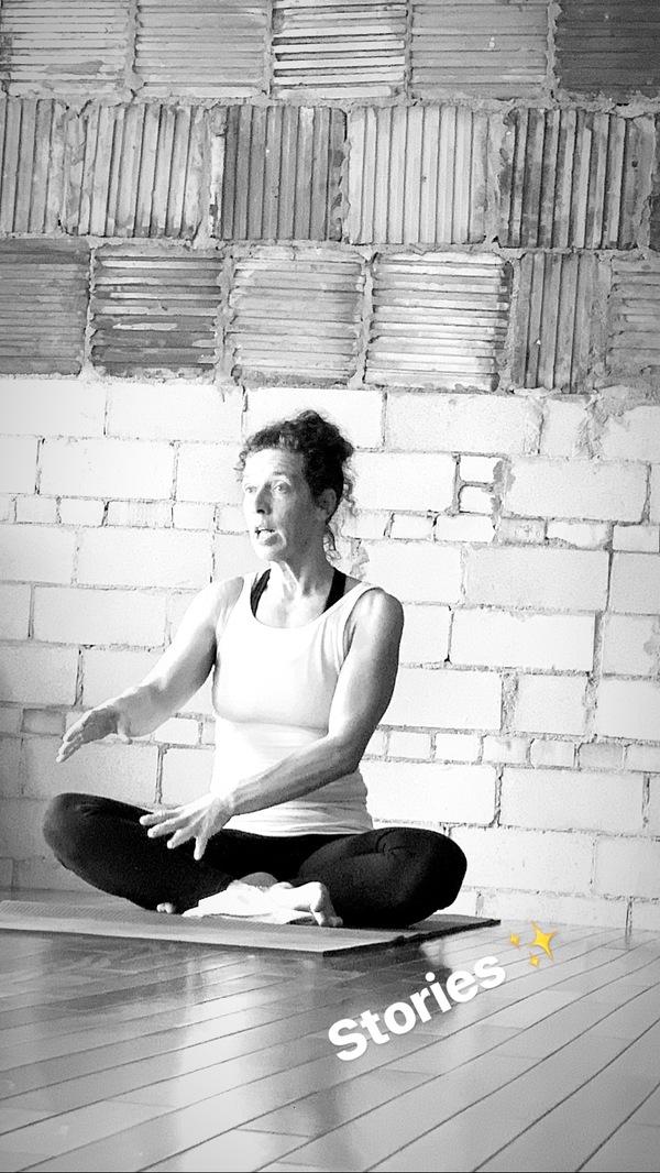 Kathy telling stories during Yoga Teacher Training