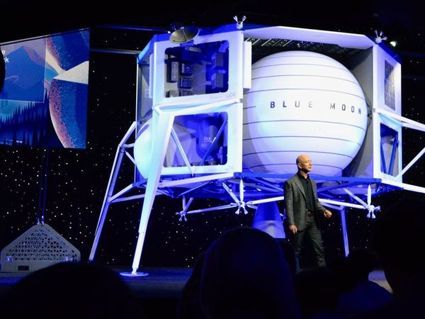 Jeff Bezos unveils Blue Moon lunar lander, plans for huge space colonies