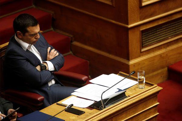 De Griekse premier in het parlement