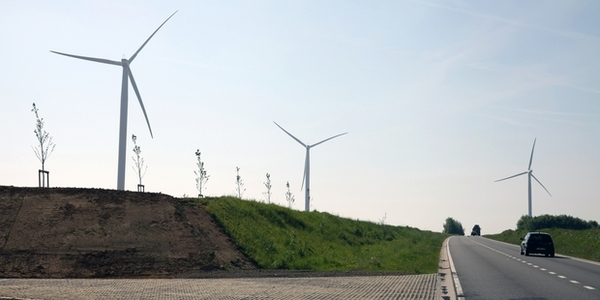 Permis refusé à Luminus pour ériger la plus grande éolienne de Belgique - Vergunning geweigerd aan Luminus om de grootste windturbine van België te bouwen