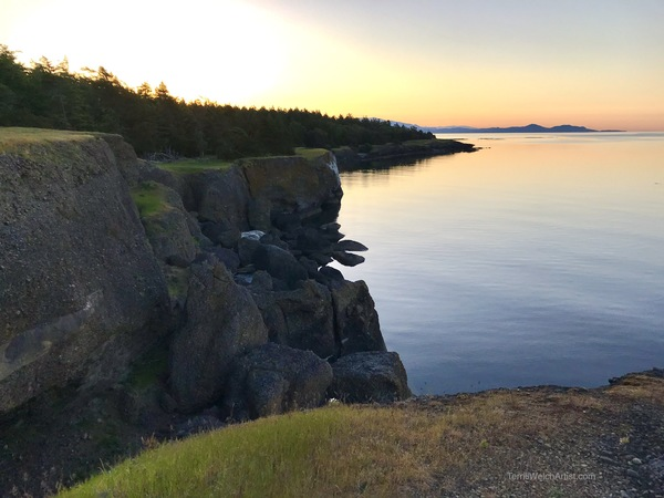 Cliff at dawn in Helliwell Provincial Park