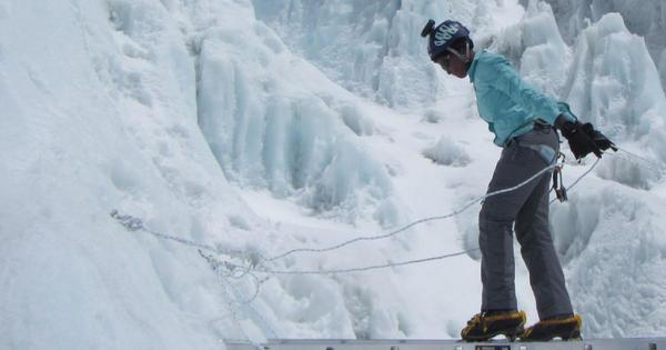 Saray Khumalo conquers Everest | eNCA