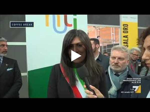 Il libro 'Io sono Matteo Salvini' è in testa alle classifiche