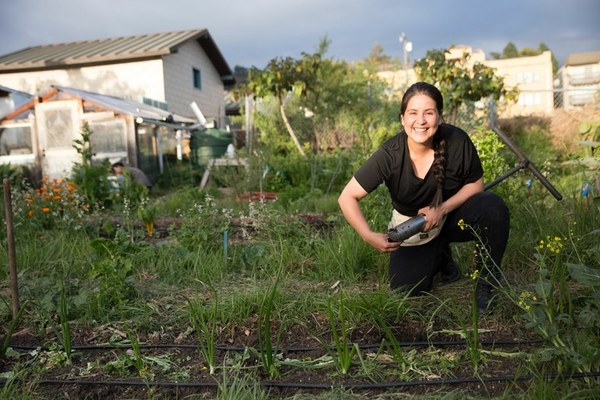 Can small-scale farmers grow a healthier California? (Central Valley's agricultural resistance) — High Country News