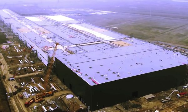 Tesla Gigafactory 3's rise shows that it's too early to dismiss Elon Musk's 'sci-fi projects'