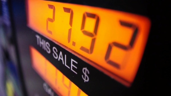 Gasoline prices are in a slow retreat. How much lower are they this week? | The Fresno Bee