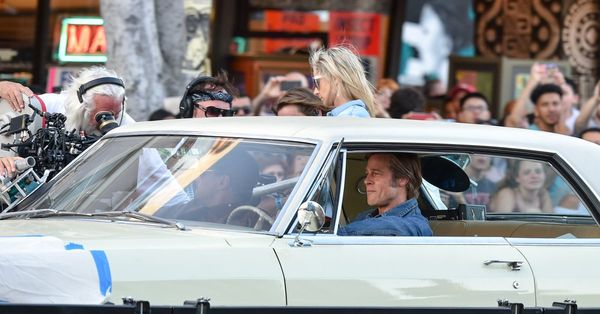 Quentin Tarantino is filming on Hollywood Boulevard, and it feels like a '60s time machine