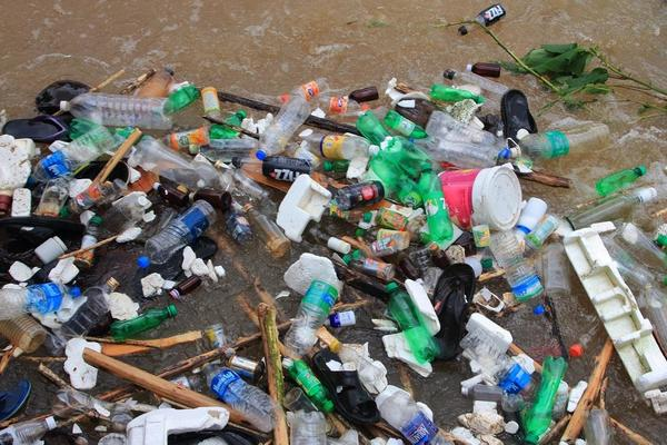 CPCB cracks whip on 52 firms for flouting plastic waste rules