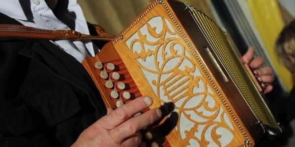 Tournai : Place à la fête, à la musique et à la culture au sens large - Feest, muziek en cultuur in Doornik