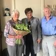 Burgemeester bezoekt diamanten echtpaar