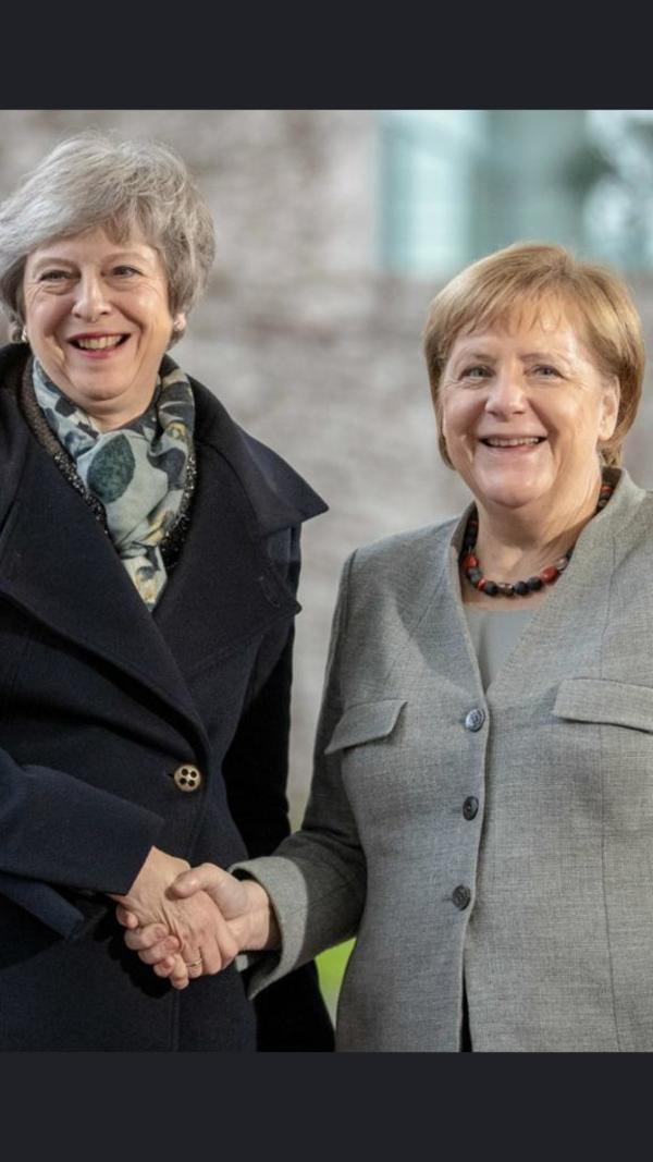 Merkel met May